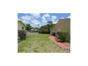541 NW 145 St, Miami FL 33168