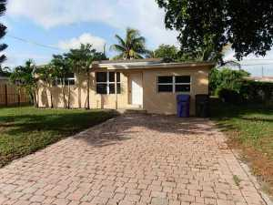 4230 SW 33rd Dr, Hollywood, FL 33023