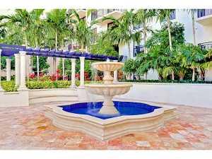 888 Douglas Rd #APT 109, Miami FL 33134