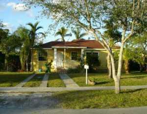 5885 SW 46 Ter, Miami FL 33155