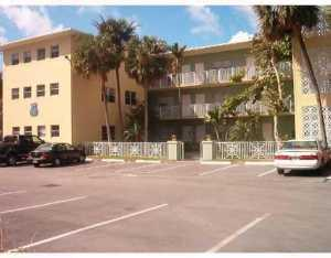 2200 S Ocean Dr #APT n-308, Hollywood, FL