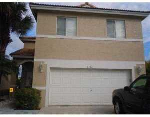 6352 NW 40th Ave, Pompano Beach FL 33073