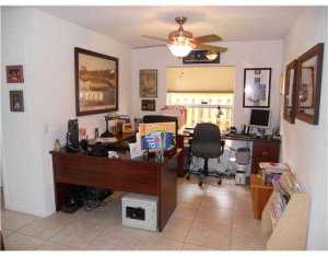 1383 NE 27th St, Pompano Beach FL 33064