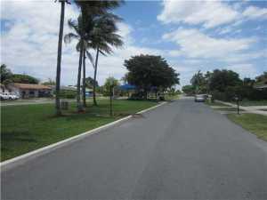 420 NW 7th Ter, Pompano Beach FL 33060