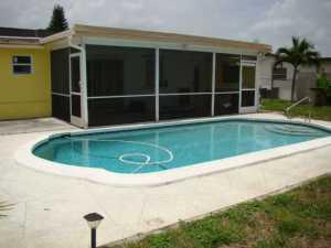 6690 NW 1st St, Pompano Beach FL 33063