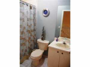 7895 Catalina Cir #APT 7895, Fort Lauderdale FL 33321