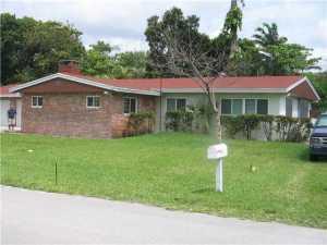1681 SW 32nd Ct, Fort Lauderdale, FL 33315