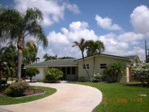 907 SE 12th St, Deerfield Beach, FL