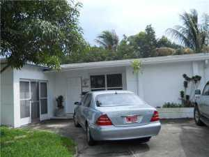 6420 NW 25th Ct, Fort Lauderdale, FL 33313