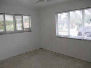 499 NE 131st St, Miami FL 33161