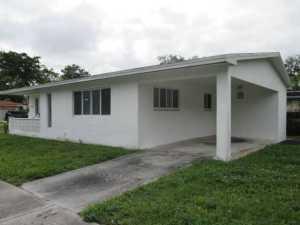 499 NE 131st St, Miami, FL 33161