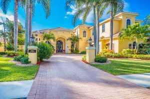 2544 Royal Palm Way, Fort Lauderdale, FL 33327