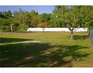 5921 SW 85 Ave, Miami FL 33143