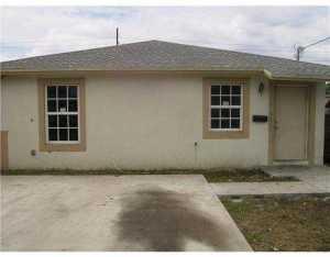 1880 NW 68 St, Miami FL 33147