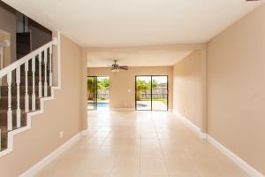 975 Briarwood Dr, West Palm Beach FL 33415