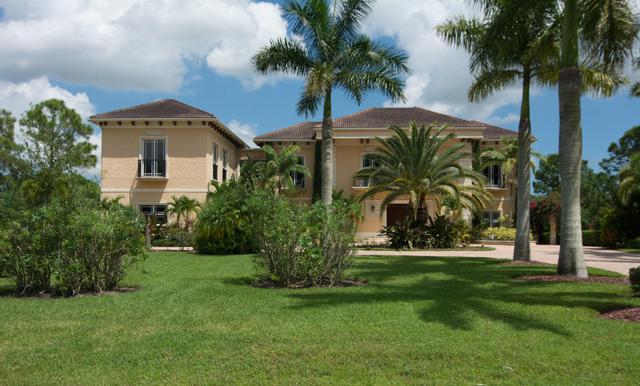 7869 Saddlebrook Dr, Port Saint Lucie, FL 34986