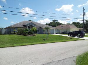1887 SW Renfro St, Port Saint Lucie, FL 34953