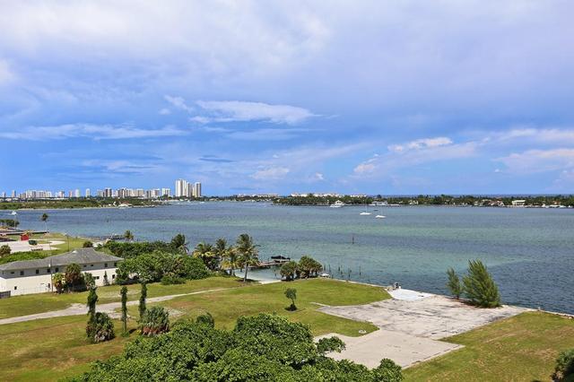 5600 N Flagler Dr #901, West Palm Beach, FL 33407