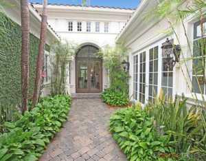 11133 Green Bayberry Dr, Palm Beach Gardens, FL