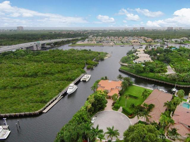 2085 La Porte Dr, Palm Beach Gardens, FL 33410