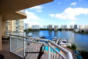 18041 Biscayne Blvd #APT 805-4, North Miami Beach, FL