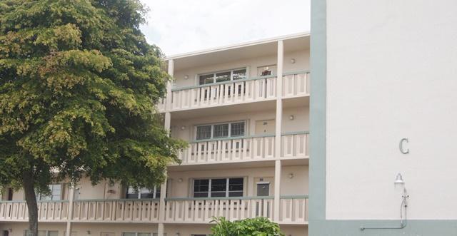 447 Southampton C, West Palm Beach, FL 33417