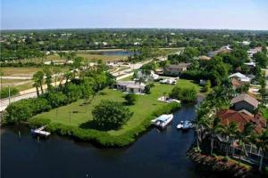 9228 SE Island Way, Jupiter, FL