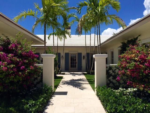 256 Tradewind Dr, Palm Beach, FL 33480