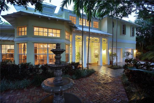 890 Periwinkle St, Boca Raton, FL 33486