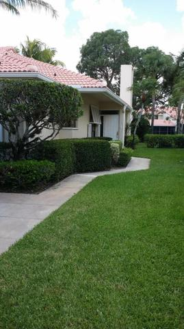214 Old Meadow Way, Palm Beach Gardens, FL 33418