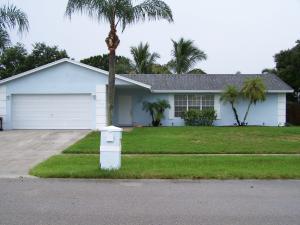 155 Martin Cir, West Palm Beach, FL