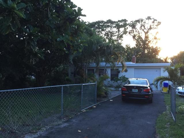 263 Fleming Ave, Greenacres, FL 33463