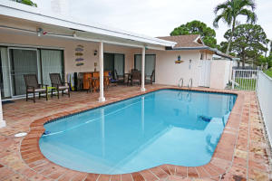 4372 Brandywine Dr, Boca Raton FL 33487