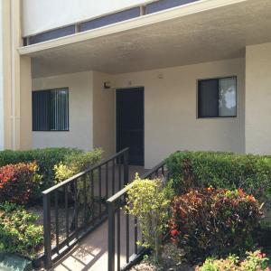 3154 Via Poinciana #APT 114, Lake Worth, FL