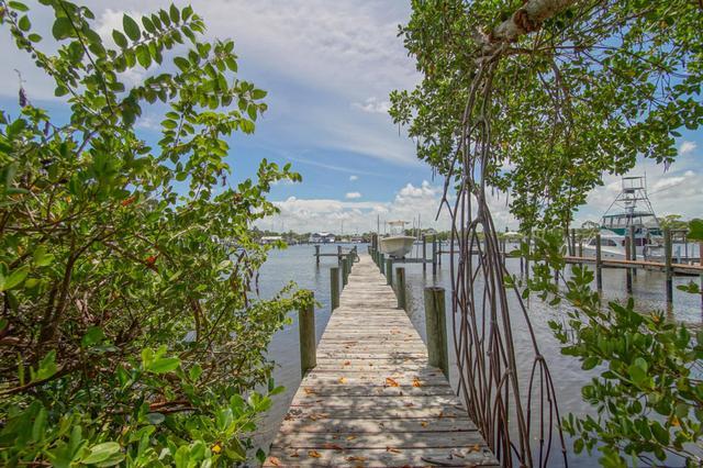 4642 SE Boatyard Ave, Stuart, FL 34997