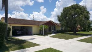 1481 Wyndcliff Dr, Wellington, FL