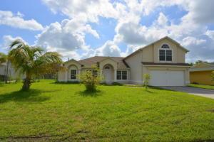 2485 SE Whitehorse St, Port Saint Lucie, FL