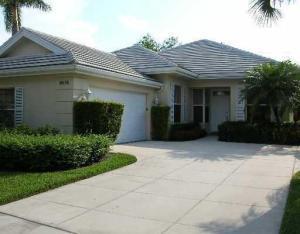 8575 Wakefield Dr, Palm Beach Gardens, FL 33410