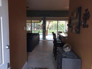 8575 Wakefield Drive, Palm Beach Gardens, FL 33410