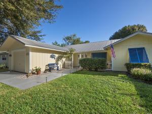 2403 SW Murphy Rd, Palm City, FL