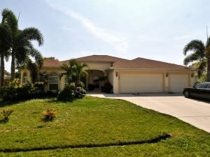 1220 SW Ingrassina Ave, Port Saint Lucie, FL