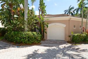 7717 Azalea Ct, West Palm Beach, FL