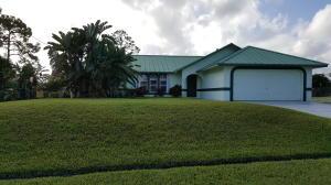 631 SE Degan Dr, Port Saint Lucie, FL