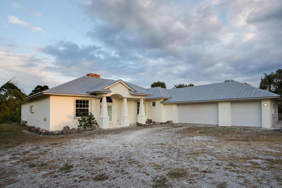 Home &1 Ac SE Haslom Street, Hobe Sound, FL 33455