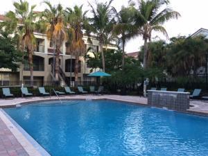 6020 W Sample Rd #APT 305, Pompano Beach, FL