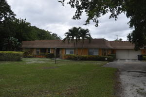 2633 Donnelly Dr, Lake Worth, FL