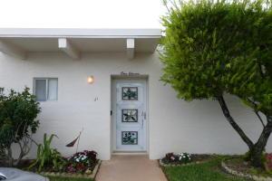 2650 Boundbrook Blvd #APT 111, West Palm Beach, FL