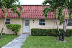 144 Amherst Ln, Lake Worth, FL
