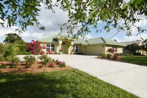 4862 SW Lake Grove Cir, Palm City, FL