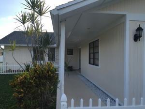 554 SW Dalton Circle, Port Saint Lucie, FL 34953